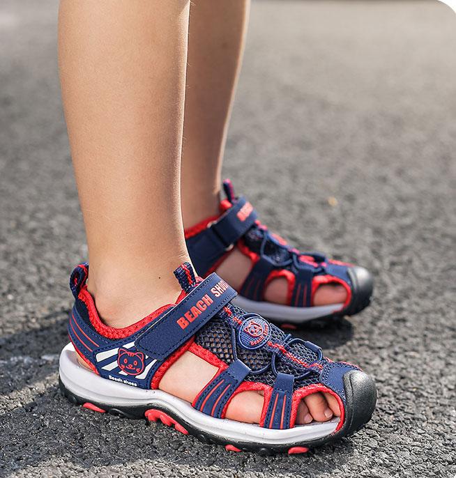 Giay sandal ro bit mui