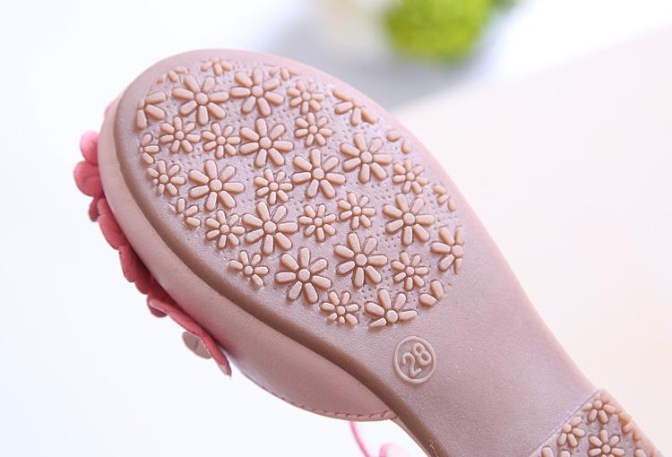 Sandal bé gái hoa nhí siêu hot 2020