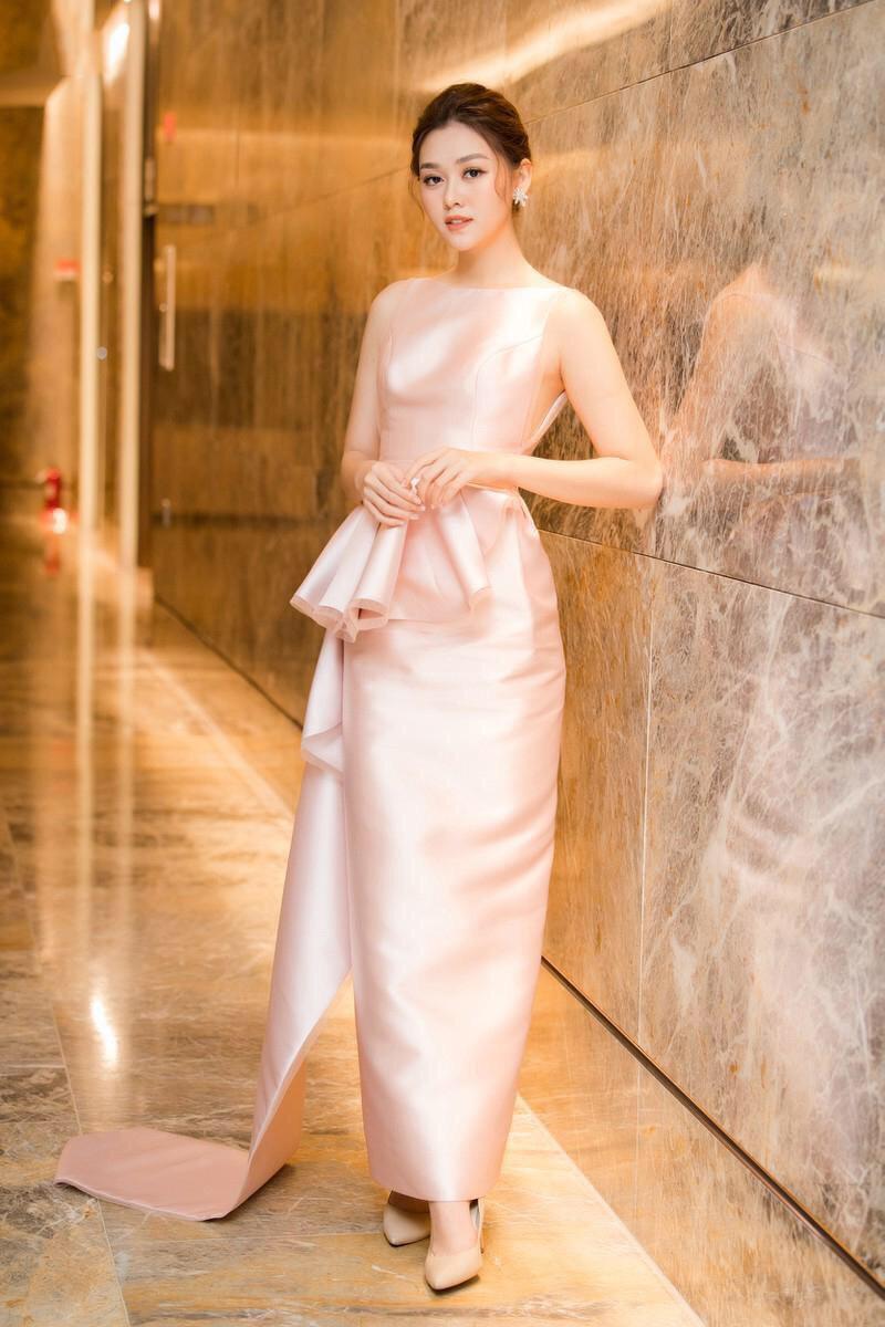 Đầm dài dự tiệc màu hồng phối xếp nơ dài tafta