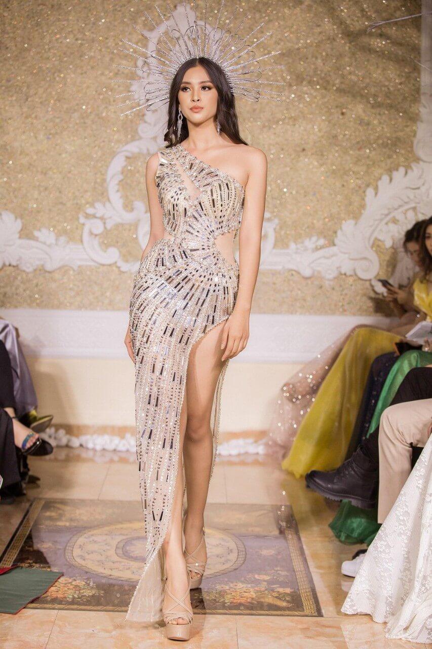 Đầm dạ hội cao cấp lệch vai đính kim sa bằng tay