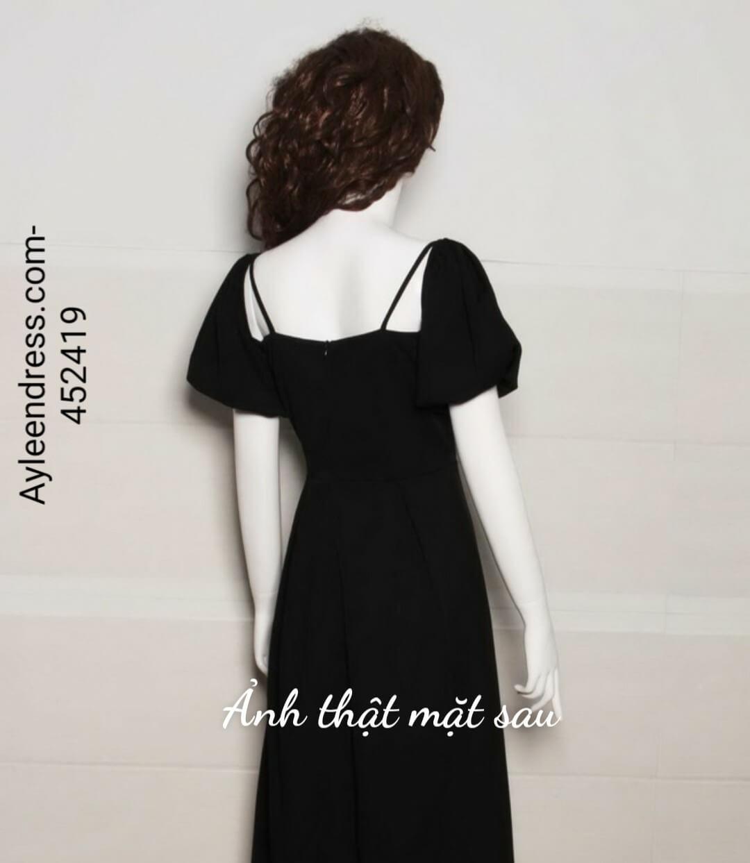 Đầm xòe tay ngắn cổ vuông 2 dây đính hoa trước ngực