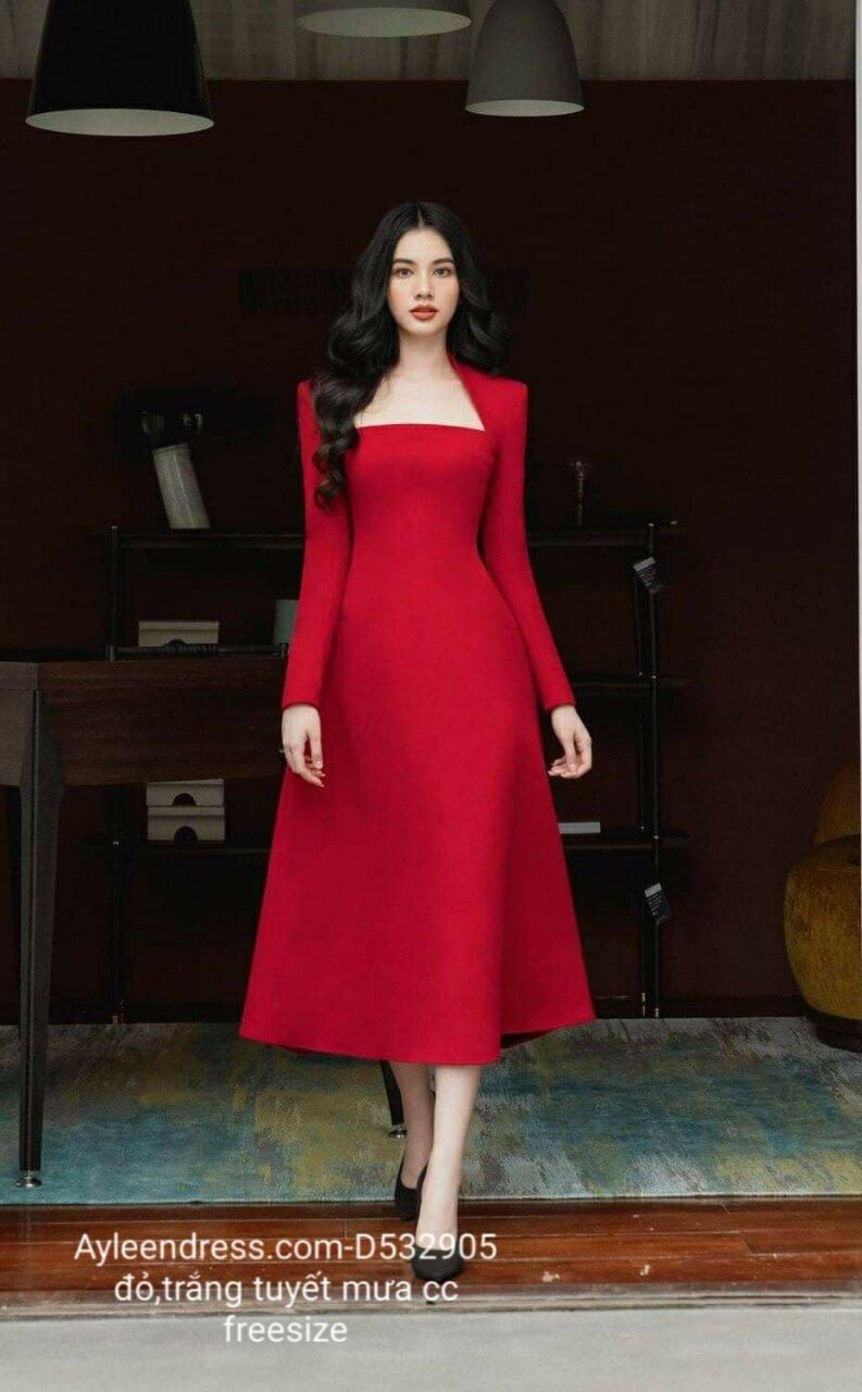 Đầm xòe kiểu tay dài cổ cúp ngực sang trọng