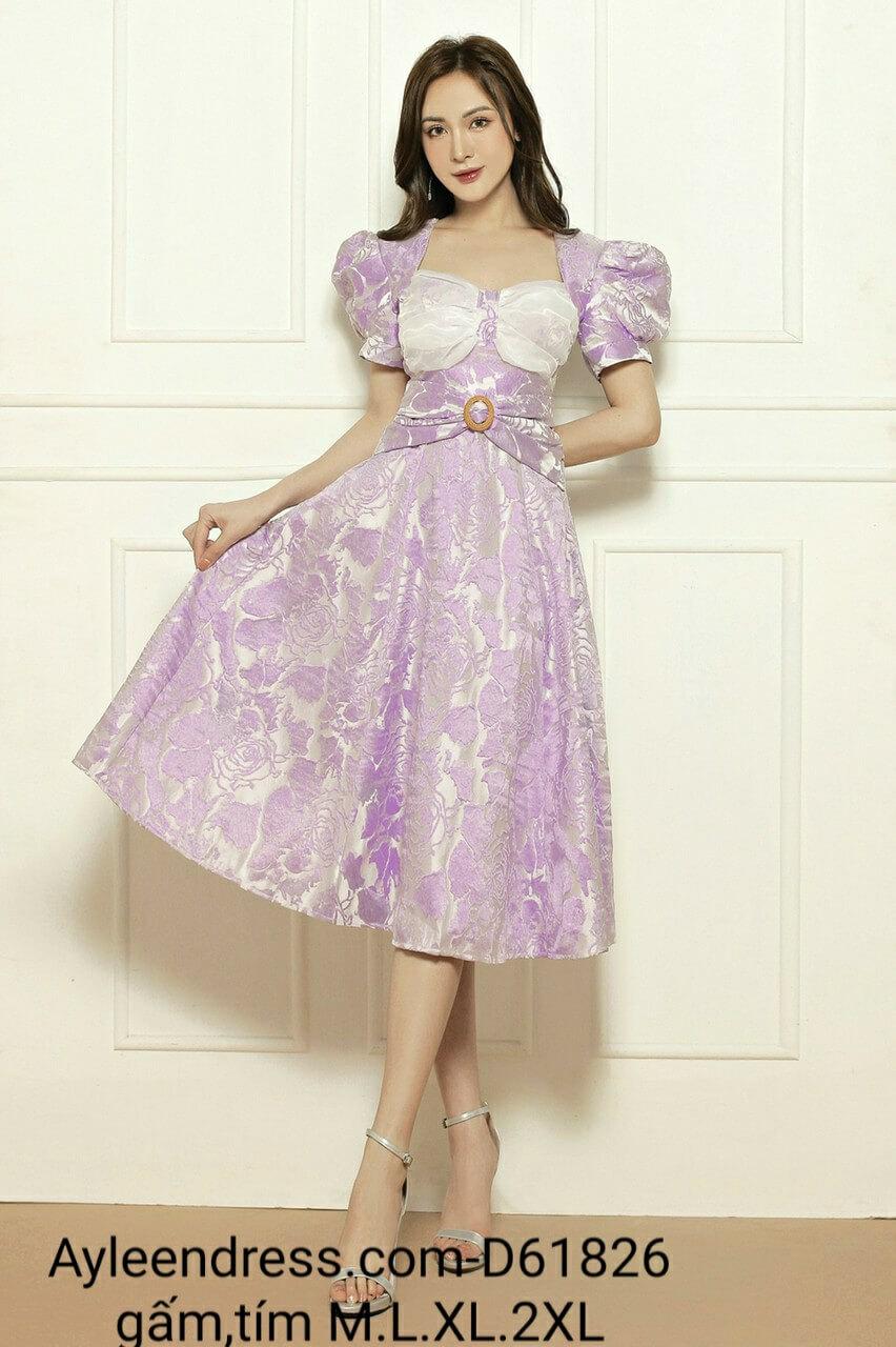 Đầm gấm xoè tay phồng cổ vuông màu tím