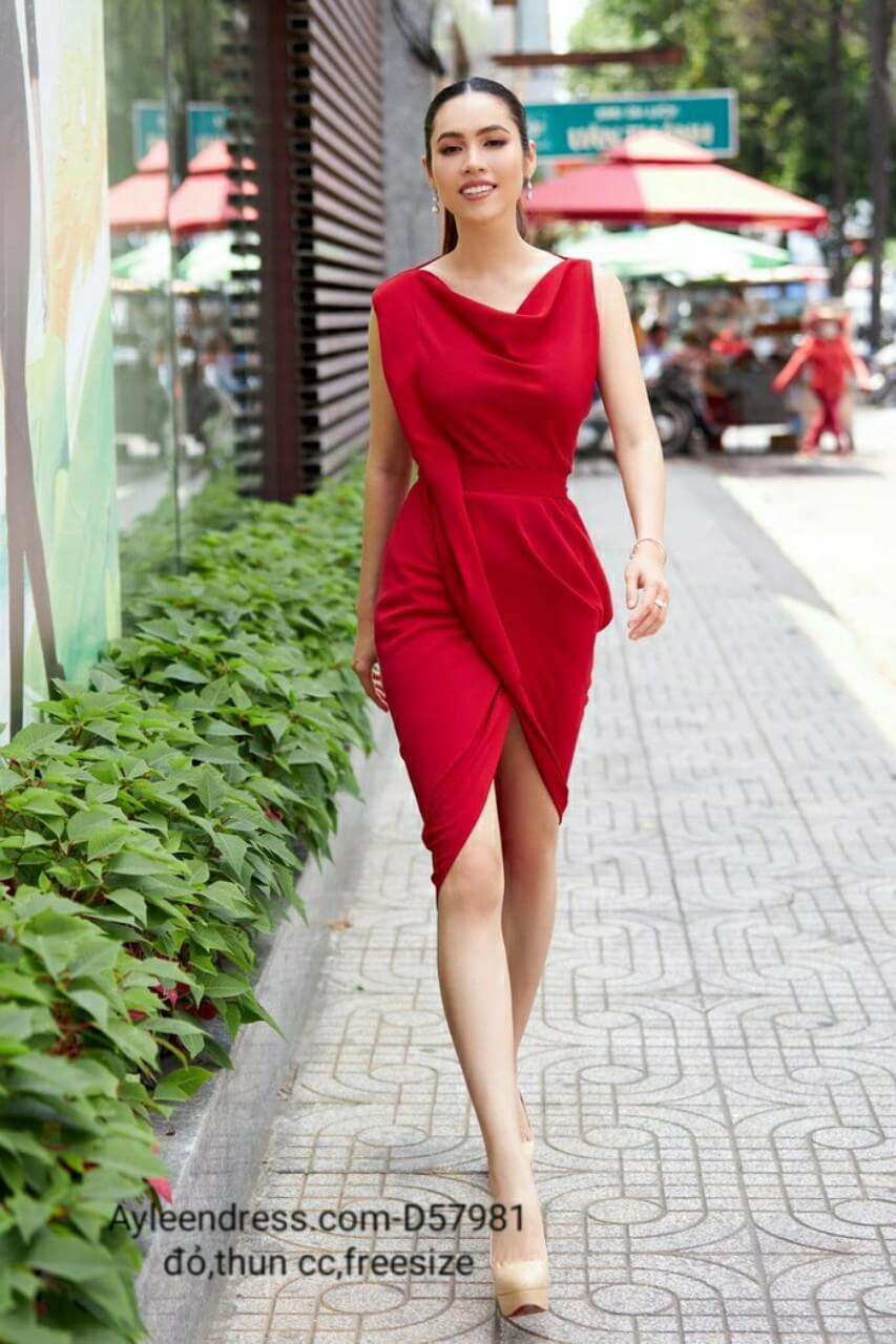 Đầm ôm body màu đỏ sát nách cổ đổ đắp chéo tà