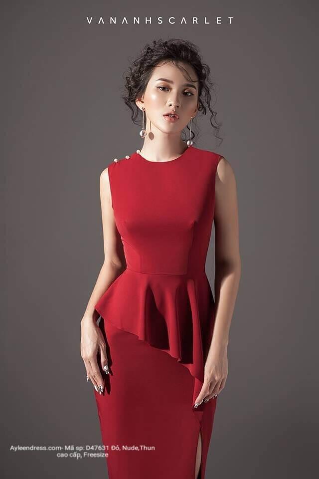 Đầm ôm body kiểu peplum xẻ tà kết ngọc 1 vai