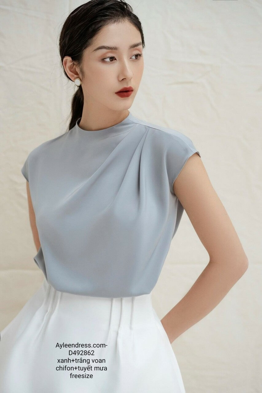 Set áo váy kiểu áo xếp ly vai váy xoè phối túi