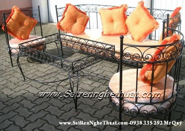 Bộ bàn ghế sofa sắt rèn mỹ thuật BGNT003