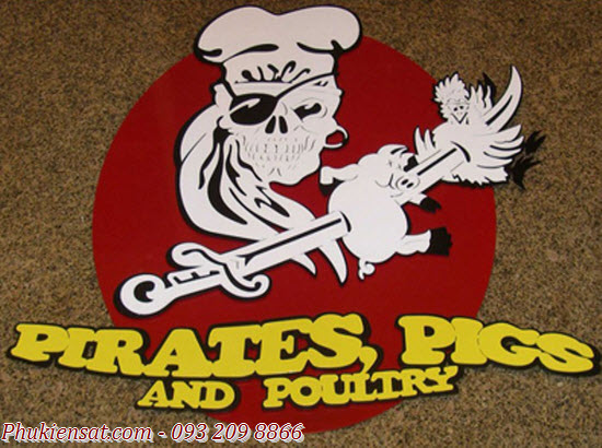 Bảng hiệu sắt mỹ thuật cắt lazer CNC Pirates Pigs and Poultry Restaurant Sign