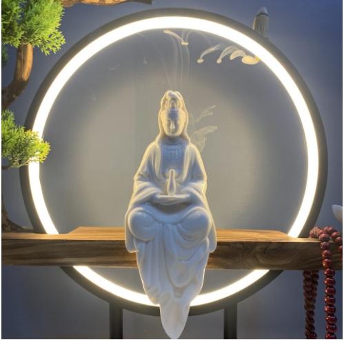 Tượng Phật Bà Quan Âm có vòng đèn LED