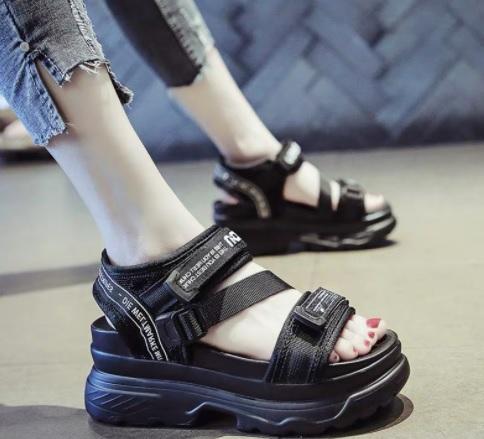 Sandal nữ thời trang Ulzang kiểu dáng đế cao 480k