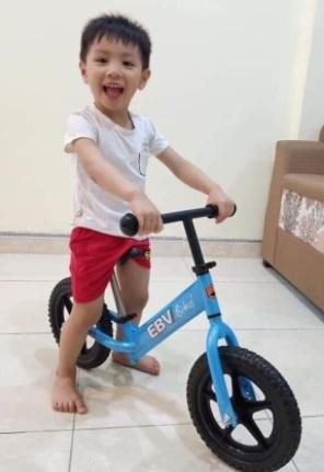 Xe đạp chòi chân giúp trẻ năng động KM giảm 37%