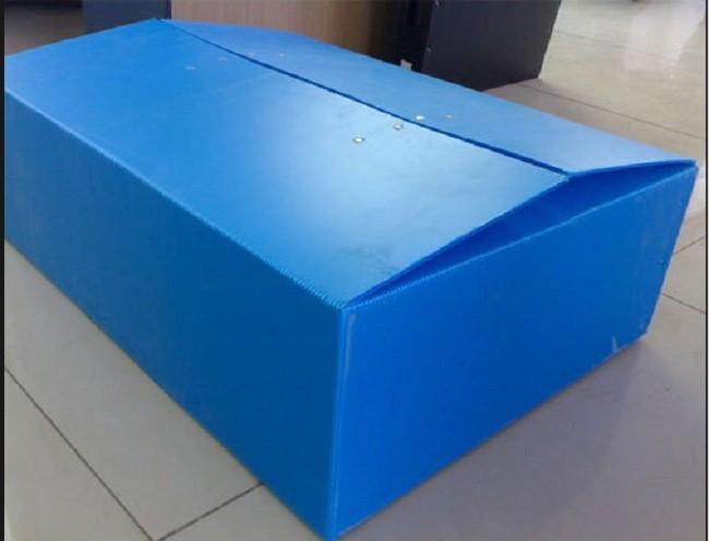 Thùng nhựa carton pp danpla