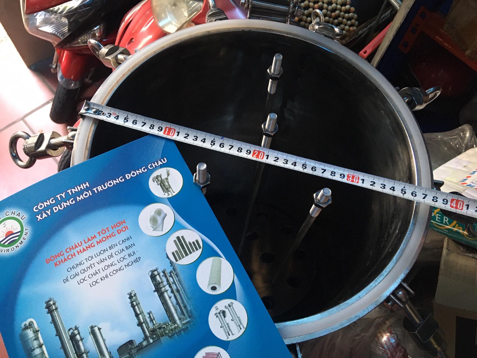 Bình inox lọc cặn trong sản xuất 15 lõi 40 inch