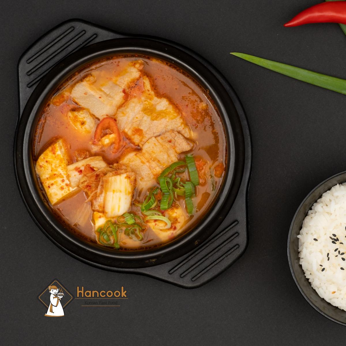 Súp kimchi