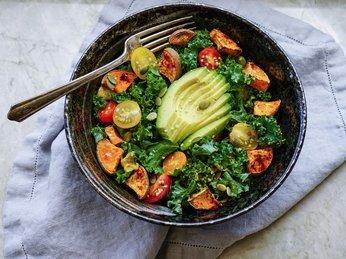 Rau cải xoăn Kale chính xác là thứ lành mạnh nhất bạn có thể ăn