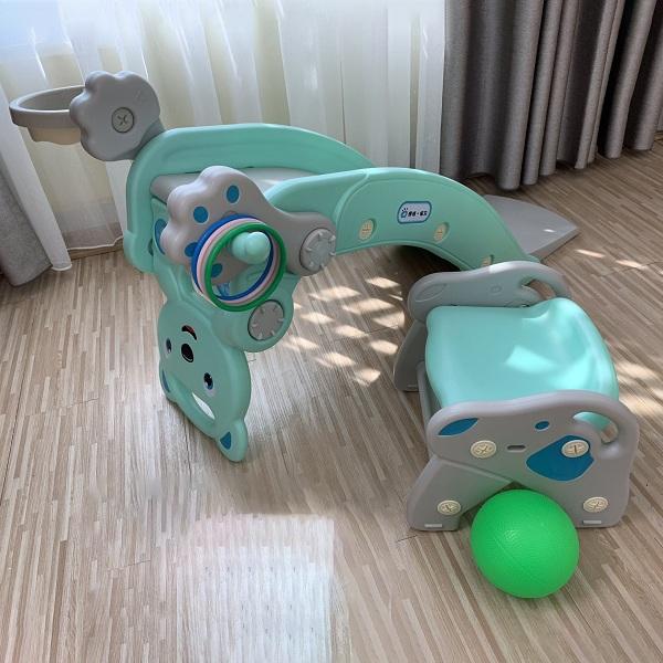 Cầu trượt bập bênh gấu Holla - Món đồ chơi tuyệt vời cho bé trong không gian hẹp