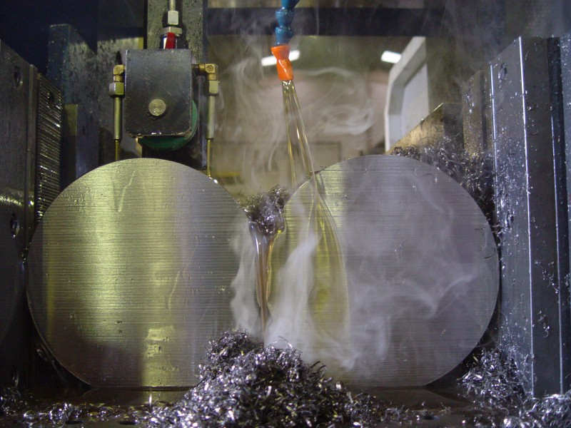 Dầu cắt gọt kim loại không pha nước Esterlube