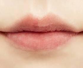 Tẩy tế bào chết môi SWISSPURE Smooth Foaming Lip Peeling