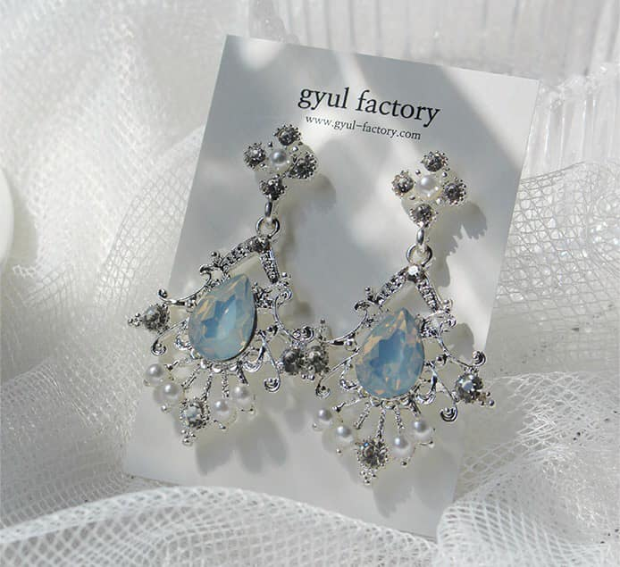Hoa tai lấp lánh Guyl-Factory Renji Earing