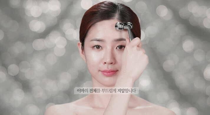 Thanh lăn bạc WellDerma Face Lifting Dark Silver Roller nâng cơnâng cơ mặt giúp khuôn mặt nhỏ và săn chắc