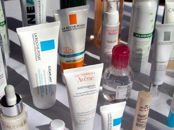 Tại sao phải chăm sóc da bằng dược mỹ phẩm?