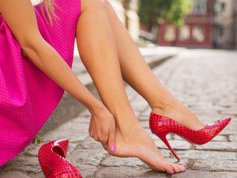 Cách chăm sóc bàn chân sau khi mang giày cao gót