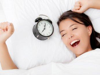 Cải thiện giấc ngủ của bạn bằng cách bổ sung những thực phẩm chữa bệnh mất ngủ cực hiệu quả