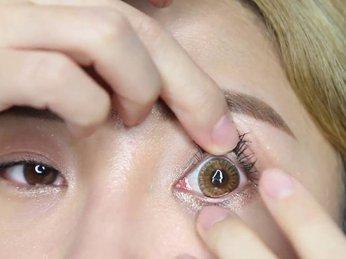 Bí quyết trang điểm chuẩn dành cho các bạn nữ khi đeo kính áp tròng