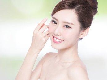 Top 5 sản phẩm khiến da mặt bạn hết khô  bong tróc ngay lập tức!