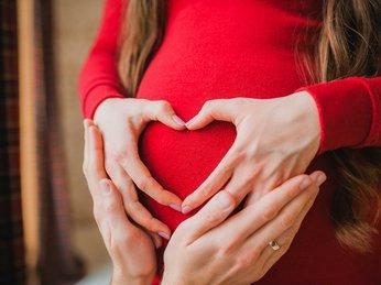 6 dưỡng chất cần thiết cho giai đoạn mang thai