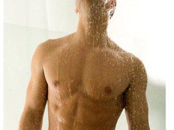 Những lưu ý quan trọng khi vệ sinh vùng kín của nam giới