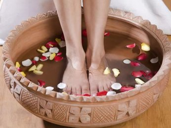 Ngâm chân thường xuyên mang lại nhiều lợi ích tuyệt vời cho cơ thể