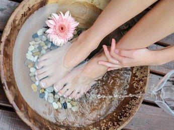 Xây dựng thói quen chăm sóc sức khỏe: ngâm chân bằng nước nóng!