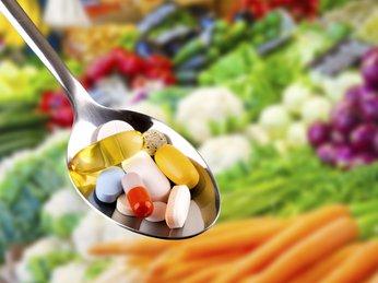 Các loại thực phẩm chức năng, vitamin hỗ trợ đẹp da và trị mụn