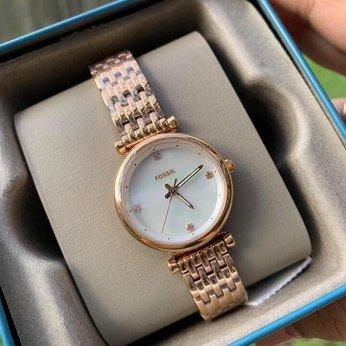 Đồng hồ nữ Fossil với dây kim loại đầy cá tính