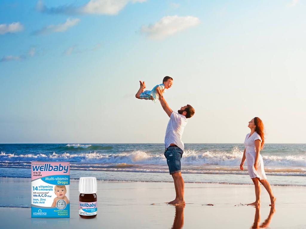 Vitamin tổng hợpdành cho trẻ từ 4 đến 12 tháng tuổi Vitabiotics Wellbaby Multi-Vitamin Drops 30ml