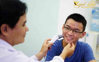 Spa nào có bác sĩ điều trị mụn giỏi ở Nha Trang?