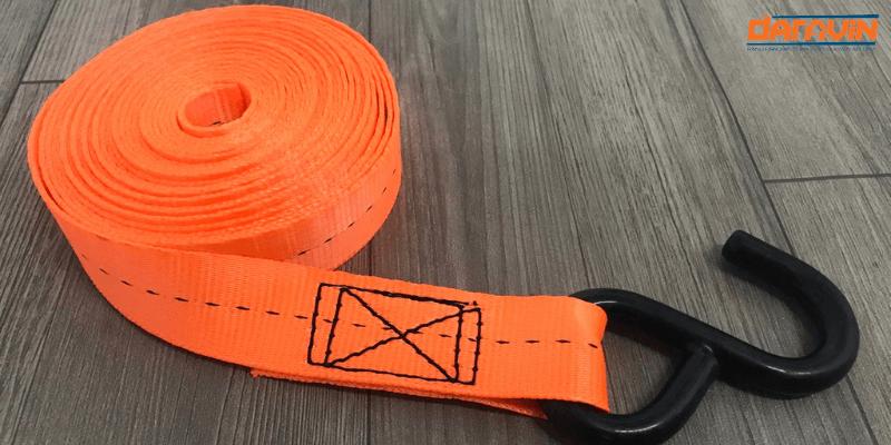 dây polyester sử dụng để may dây chằng hàng tăng đơ bản 25 dài 8m tải 800kg móc s