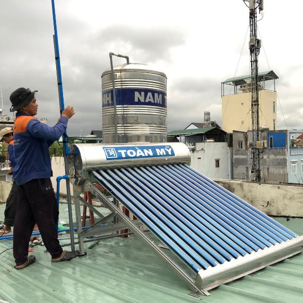 Máy nước nóng năng lượng mặt trời Toàn Mỹ I304 180L