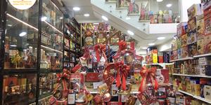 Top 4 hộp bánh kẹo nhập khẩu dành cho những bạn muốn tiết kiệm chi phí khi mua quà tết cao cấp giá sỉ