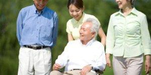 Giới thiệu tã người già loại nào tốt các bạn nên biết
