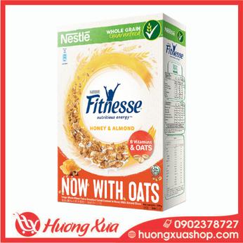 Ngũ cốc ăn sáng Fitnesse mật ong hạnh nhân hộp 390g