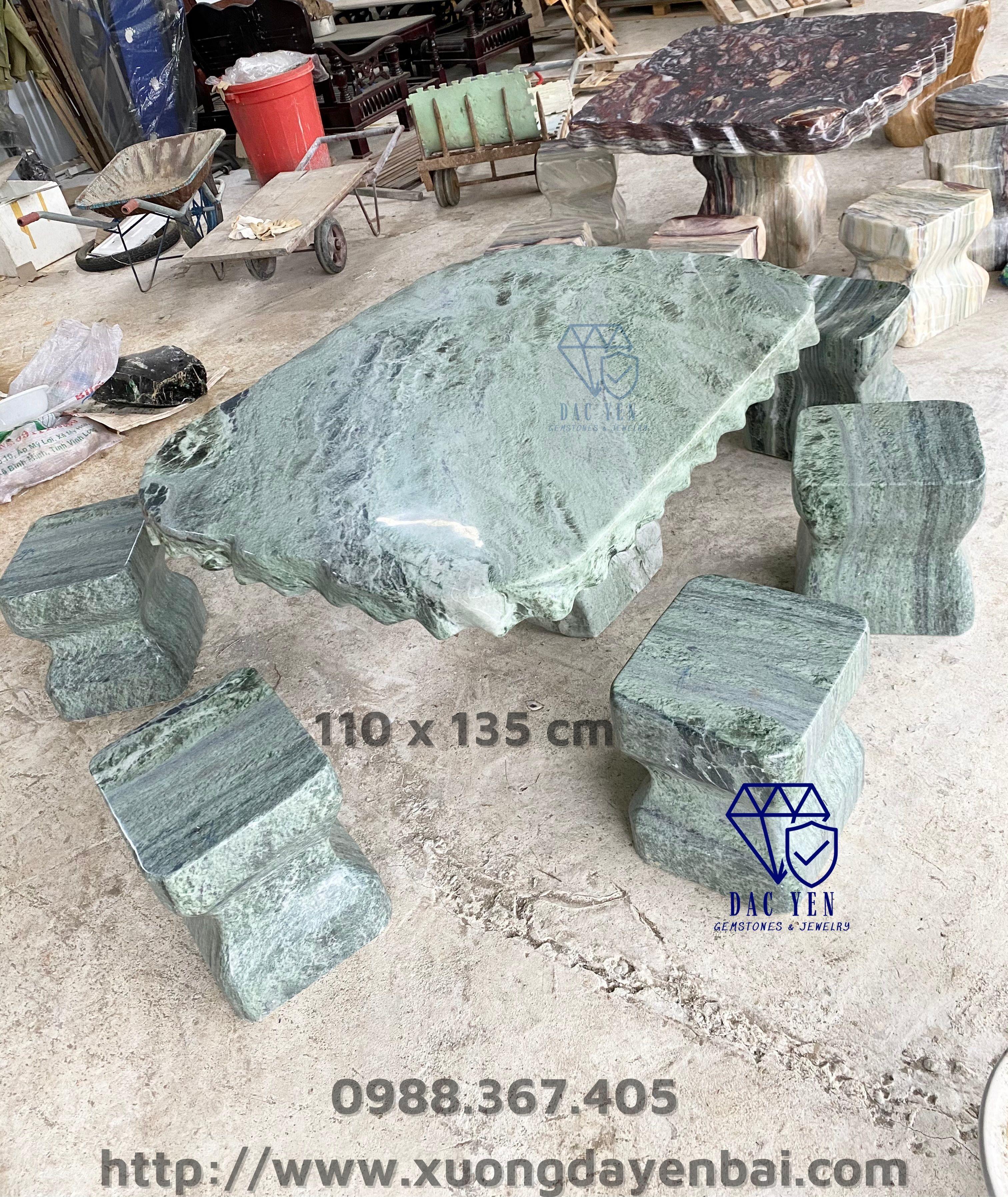 Bàn ghế đá xanh tự nhiên, bàn ghế đá sân vườn, bàn ghế đá Yên Bái đẹp