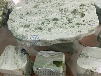 Cơ sở cung cấp bàn ghế đá tự nhiên nguyên khối tại Hòa Bình