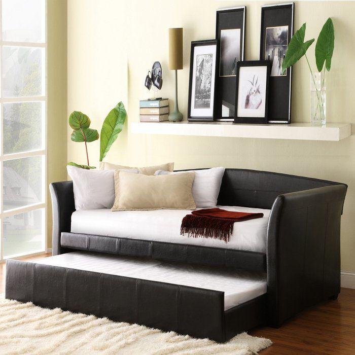 Công dụng của ghế sofa gỗ kéo ra thành giường