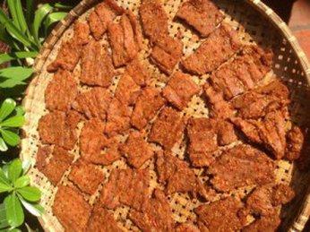 Bò một nắng muối kiến vàng đặc sản nên ăn một lần trong đời
