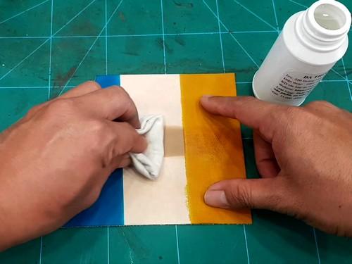 Dung dịch xóa mực viết nhũ, vệ sinh đồ da - Cách làm sạch đồ da
