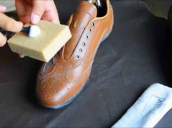 Cách trị giày da bị mốc hiệu quả các bạn không nên bỏ qua