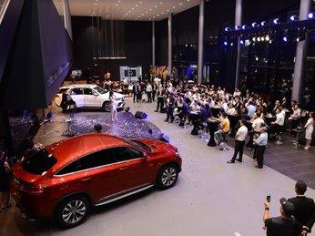 Showroom Mercedes-Benz đạt chuẩn MAR2020 đi vào hoạt động tại VN