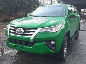Cùng ngắm nhìn Toyota Fortuner 2017 được độ theo phong cách Taxi